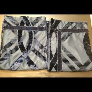 "Madison Park Navy Blue KING Pillow Shams 20""x 36"""